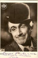 Photographie Ancienne De Clown Du Cirque Medrano, Beby Par Le Studio Rib, Dédicacée En 1948 - Célébrités