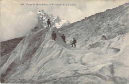 74 Haute SAVOIE Alpinistes à La Traversée De La Jonction Sur La Route Du Mont Blanc - Otros Municipios