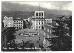 1385 - TERNI PIAZZA C TACITO E PALAZZO DEL GOVERNO ANIMATA 1956 - Terni
