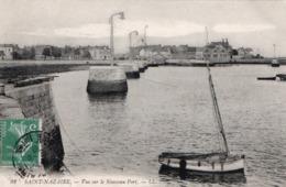SAINT NAZAIRE ( 44 ) - Vue Sue Le Nouveau Port . - Saint Nazaire