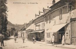 I180 - 39 - VOITEUR - Jura - La Grande Rue - France