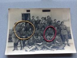 Photo Originale Militaires Gradés Nom Inscrit à L'arrière Avec Cachet A Identifier - Militaria
