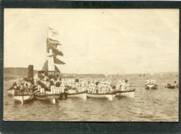 Carte Photo - Barques De Marine, Très Animé - Guerra