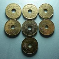Spain 7 Coins 25 Pesetas All Different - Monnaies & Billets