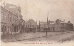 CARTE POSTALE   AULNOYE 59  Place De La Gare Et Du Marché - Aulnoye