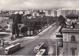 ROMA - CORSO SEMPIONE - VIA NOMENTANA - CARTELLONE PUBBLICITARIO MARTINI -FURGONE BIRRA ITALA PILSEN-FILOBUS / TRAM-1955 - Transportes