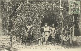* Mon Habitation Et Mes Compagnons De Chasse Chez Les Penons , CPA ANIMEE , 1910 - Viêt-Nam