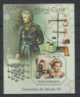 I312. Mozambique - MNH - 2011 - Famous People - Marie Curie - Bl. - Celebridades