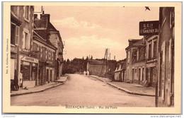 36 BUZANCAIS - Rue Des Ponts - France
