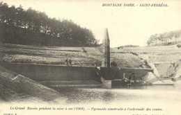 MONTAGNE NOIRE  SAINT FERREOL  Le Grand Bassin Pendant La Mise à Sec (1904) Pyramise Construite à L'extremité Des Voutes - Saint Ferreol