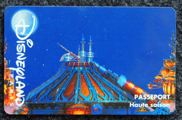DISNEYLAND PARIS - Haute Saison - Groupe Scolaire LE SPACE MOUTAIN - Jules VERNE - Disney
