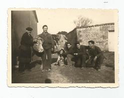 Photographie Guerre 1940 Paysan Vache 21 Bca A Gambsheim ? Alsace 67 Bas Rhin - Photo 8,4x6, Cm Env - War, Military