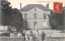 GENOUILLAC - Ecole Des Filles - Francia