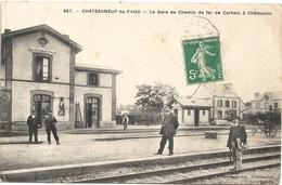 29 Chateauneuf Du Faou La Gare De Chemin De Fer De Carhaix à Chateaudun - Châteauneuf-du-Faou