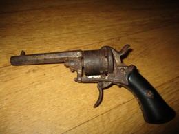 PISTOLET LEFAUCHEUX - Decorative Weapons