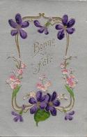 Cpa Gaufrée Bonne Fête Violettes - Anniversaire