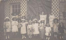 Granville 50 Manche Casino 1902 Sur  Bannieres  Groupe  Enfants En Belle Tenue  Concours - Granville