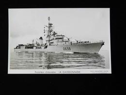 ESCORTEUR D'ESCADRE      LA GALISSONNIERE - Warships
