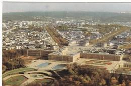 78. VERSAILLES. VUE AERIENNE. LE PARC LE CHÂTEAU ET LA VILLE .. ANNEE 1974 + TEXTE - Versailles
