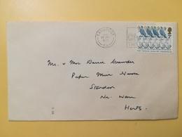 1977 BUSTA GRAN BRETAGNA GREAT BRITAIN BOLLO NATALE CHRISTMAS ANNULLO CAMBRIDGE OBLITERE' ETICHETTA - 1952-.... (Elisabetta II)