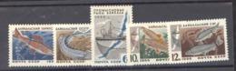 RU  -  Russie  :  Yv  3141-45  ** - 1923-1991 URSS