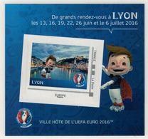 """Mini Collector De 2016 Avec Timbre Adhésif """"LYON - UEFA EURO 2016 - France"""