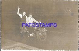 124678 REAL PHOTO FOUR MOTORCYCLE MOTO & MAN'S NO POSTAL POSTCARD - Motorräder