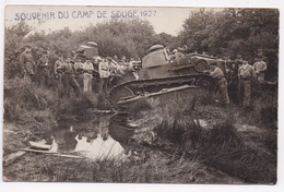 CP MILITARIA Souvenir Du Camp De Souge 1927 Chars Avec  Militaires - Matériel