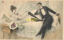 Illustrateur , M M Vienne N° 68, Femme Dénudée Au Lit Et Homme Qui Fait La Cour, Carte Pas Courante - Vienne