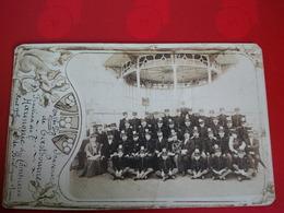 CARTE PHOTO BOULOGNE SUR MER FRACTION DE L HARMONIE DU COMMERCE 1907 A EASTBOURNE KIOSQUE  ET MONTAGE ART NOUVEAU - Gavarnie