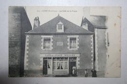 56 : Guer - Le Café De La Place  - Billard   ( Animation) - Guer Coetquidan