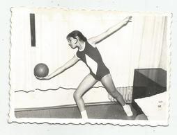 Little Gymnast  R984-272 - Persone Anonimi