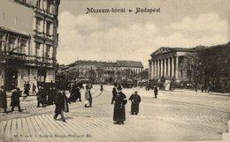 Budapest. Muzeum-Korut. Hungria - Hongrie