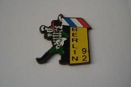 20191126-3722 ARMEE FRANCAISE A BERLIN 1992 - Militaria