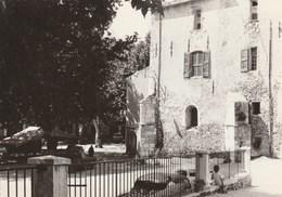 04 -riez - Le Parvis De L'église - Other Municipalities