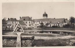 SOTTEVILLE-sur-MER: Vue Ves L'Eglise  (place De La Mare - Panneau De Signalisation) - Altri Comuni
