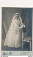 Photo Sur Plaque Cartonnée De Communion ( Photographe Edouard Allevy Ou Attevy 13 Rue D' Odessa à Paris  ) - Ancianas (antes De 1900)