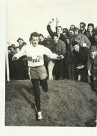 "** 1 X Persfoto    **.- GASTON  ROELANDTS -1964--"""" Les Championnats De Cross Country  à WAEREGEM. """" - Athlétisme"
