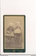 CDV  Enfants   Photographe Andouard 47 Rue Oberkampf  Paris - Ancianas (antes De 1900)
