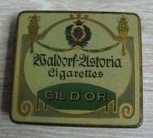 AC - WALDORF ASTORIA GIL D'OR CIGARETTE - TOBACCO EMPTY VINTAGE TIN BOX - Boites à Tabac Vides