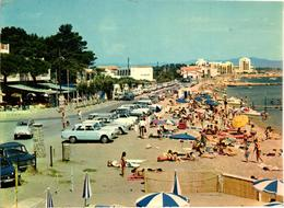 83 .. HYERES LES PALMIERS .. PLAGE DE L'HYPPODROME .. 1965 ... LE CLUB NAUTIQUE - Hyeres