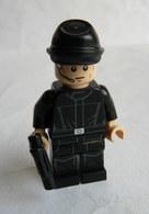 FIGURINE LEGO STAR WARS - IMPERIAL CREWMAN - MINI FIGURE 2011 Légo - Figurines