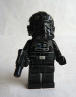FIGURINE LEGO STAR WARS -  TIE FIGHTER PILOT  - MINI FIGURE 2014 Légo - Figurines