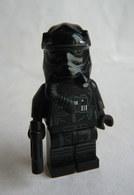 FIGURINE LEGO STAR WARS -   TIE FIGHTER PILOT 2015  - MINI FIGURE Légo - Figurines