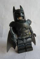FIGURINE LEGO SUPER HEROS - BATMAN 2016  - MINI FIGURE Légo - Figurines
