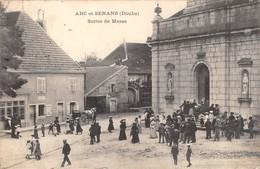 25- CPA ARC ET SENANS Sortie De Messe - France