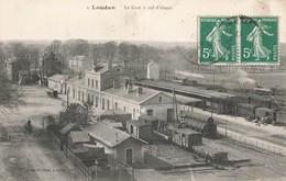 86 Loudun La Gare à Vol D' Oiseau Quais Train Trains - Loudun