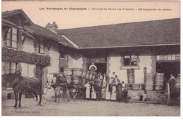 Les Vendanges En Champagne - Arrivage Du Raison Aux Pressoirs - Déchargement Des Paniers - Y. Thuillier éditeur - Francia