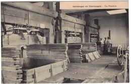 Les Vendanges En Champagne - Les Pressoirs - Y. Thuillier éditeur - Non Classés