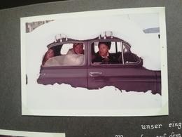 VOITURE MERCEDES CROULANT SOUS LA NEIGE À DAVOS EN 1966 ALBUM DE 130 PHOTOS MAJORITAIREMENT COULEURS RECTANGULAIRES BB - Albums & Verzamelingen